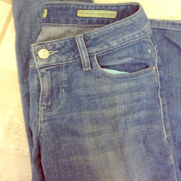 Guess Relaxed Skinny Jean 25 Rachel Relaxed Skinny blue jean in size 25 from Guess Guess Jeans Skinny