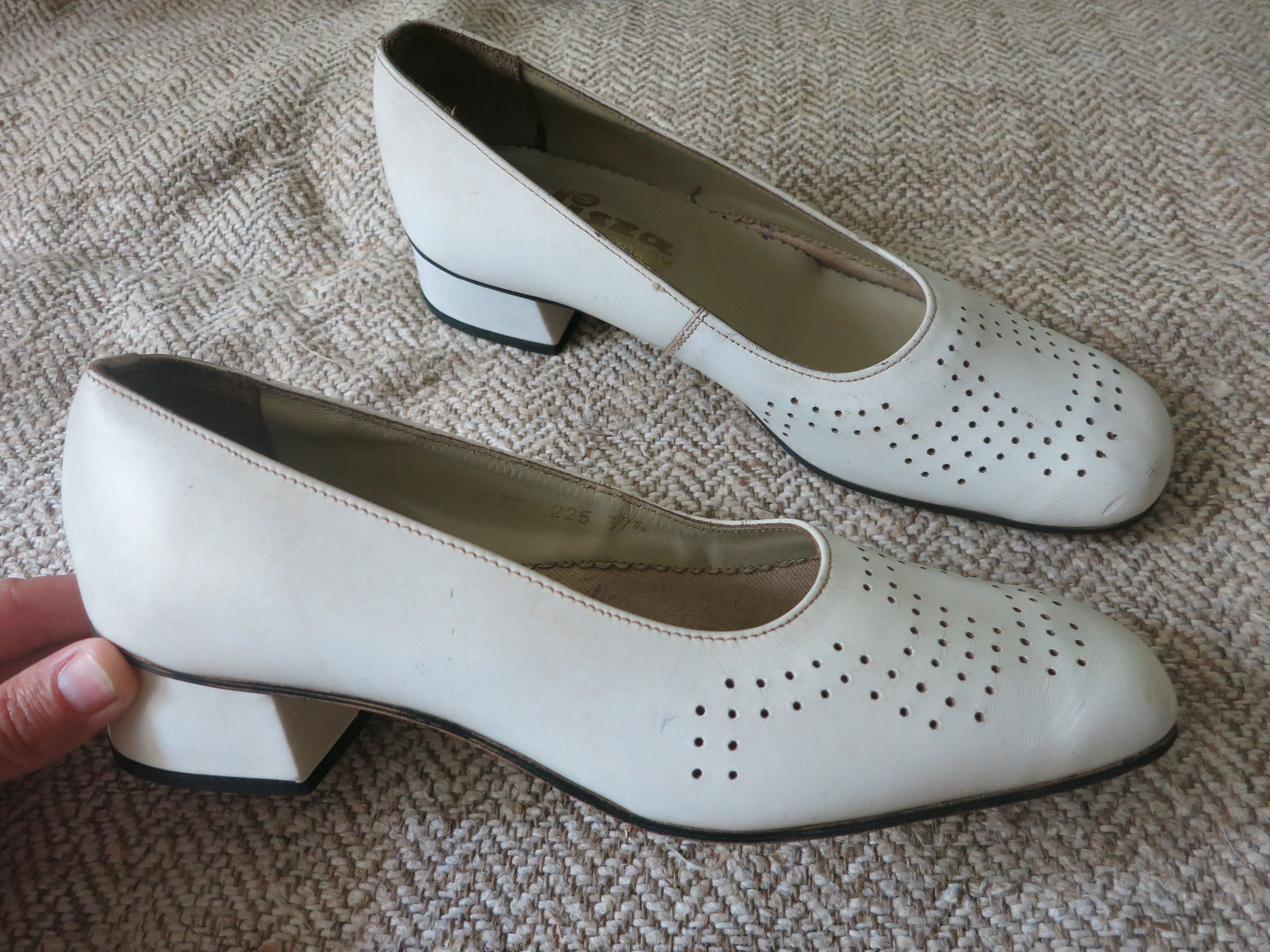 5e3183bd1 Summer Russian vintage white leather shoes with heelds for womens Size EU  36