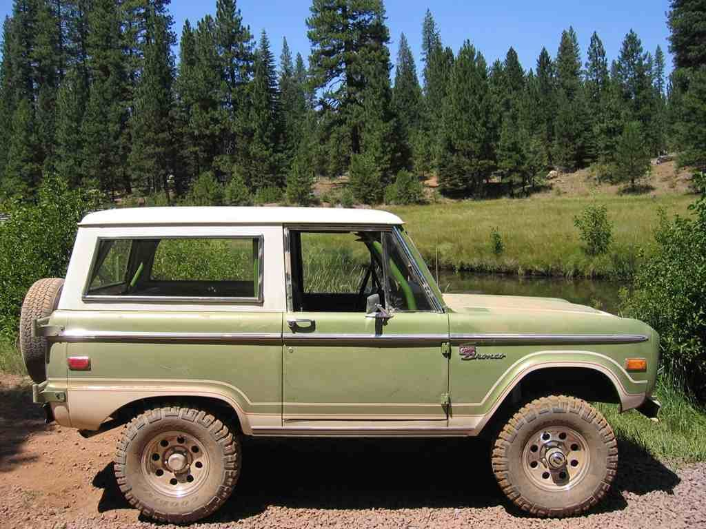 3 5 Lift 31 Tire With Images Classic Bronco Old Ford Bronco
