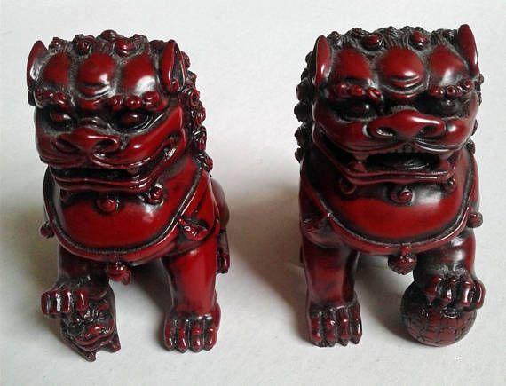 Pair Of Chinese Resin Chinese Foo Dogs Doll House Miniatures