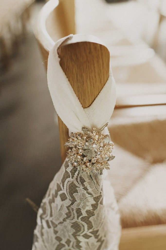 Lace + brooches || A coral and navy urban Seattle wedding by Valley & Co. | Chantal Andrea Photography | Floressence | Herban Feast