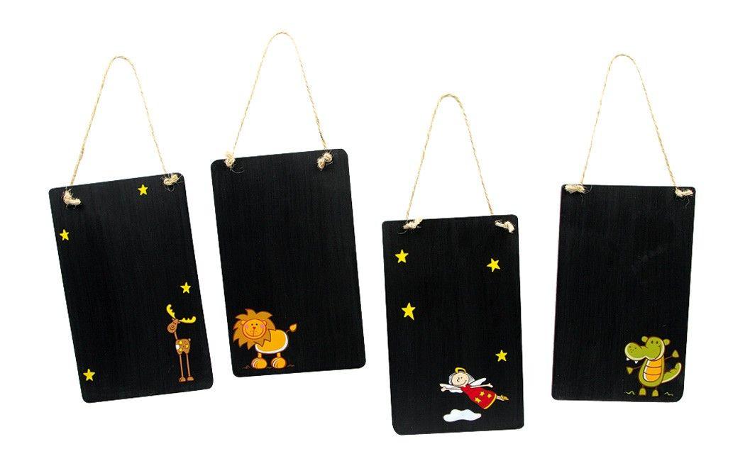 4-er Set. Auf den schwarz lackierten Holztafeln zum Hängen werden mit Kreide kleine Notizen gemacht. Vier handgemalte, niedlich bunte Motive! ca. 0,5 x 11 x 18 cm