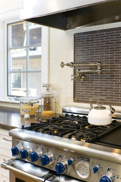 Pasta Arm And Stove You Re Definitely In My Dream Kitchen 3