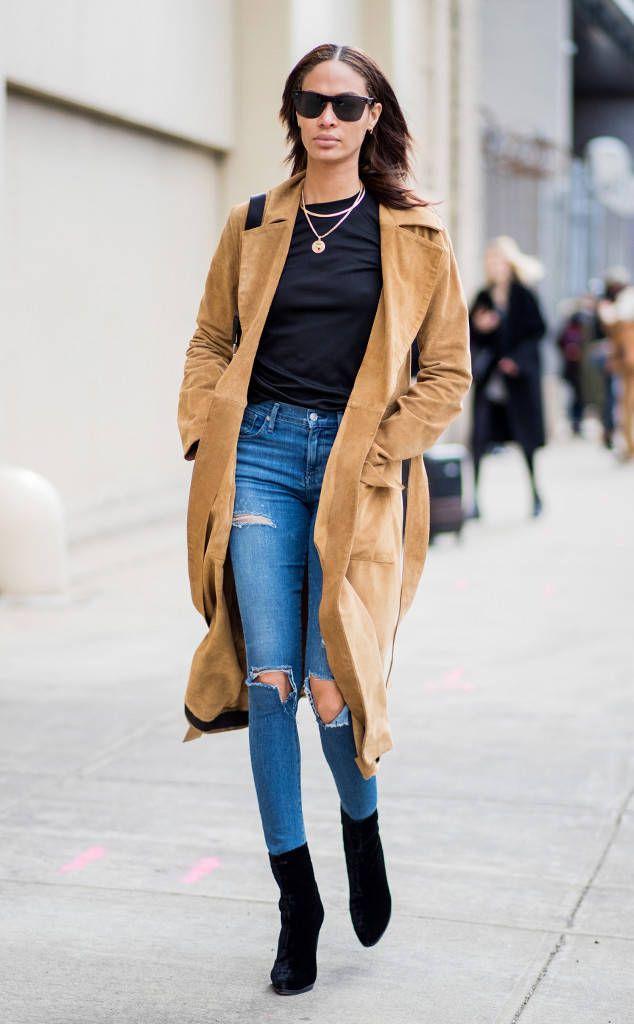 Jennifer Lopez Green Bikini March 2019 | POPSUGAR Fashion