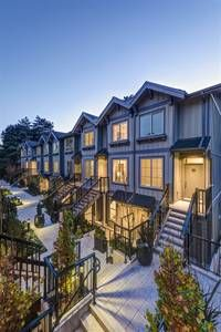 Vancouver Bc Apts Housing For Rent Renting A House House House Styles