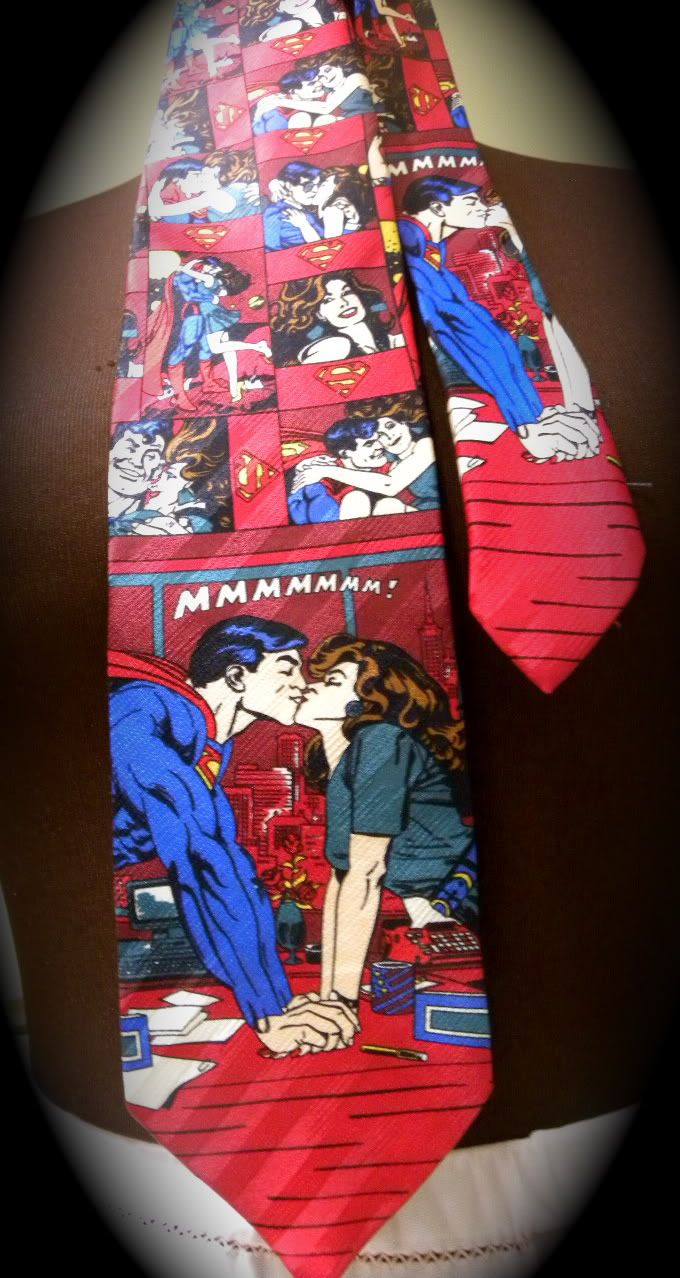 Superman and Lois Lane necktie I found at a thrift store ...