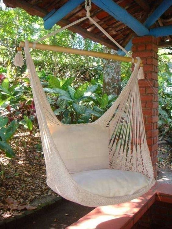 Hanging hammock chair sand dune my home pinterest si ge suspendu fauteuil suspendu and - Siege suspendu salon ...