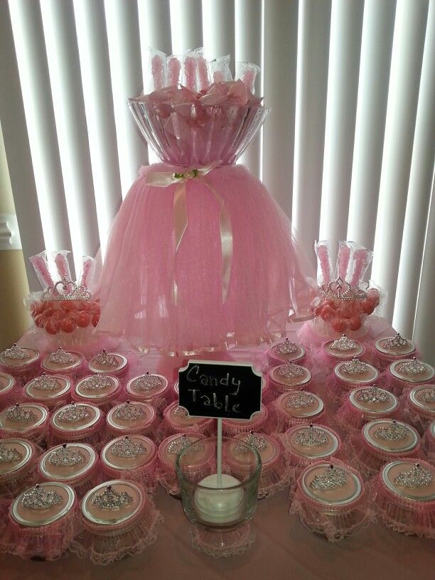 Tutu tiara theme baby shower tutu tiara baby shower for Baby shower favors decoration