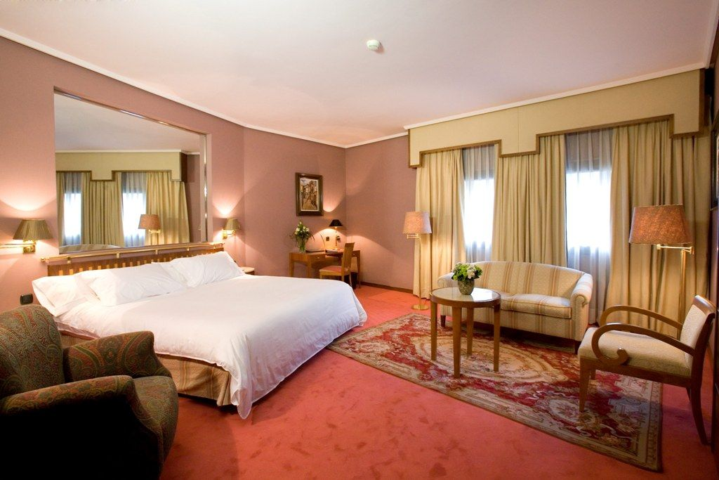 Pin En Hotel Palafox Zaragoza
