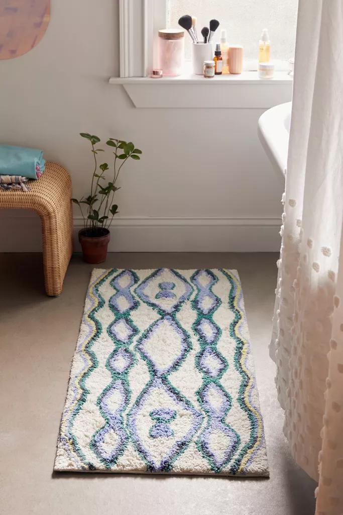 Sienna Kilim Bath Mat In 2020 Long Bathroom Rugs Bathroom Rugs And Mats Bath Rugs
