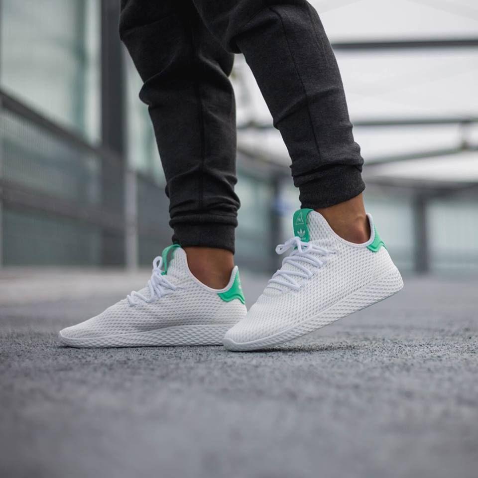 Athlokinisi   Adidas pharrell williams, Sneakers men fashion, Sneakers