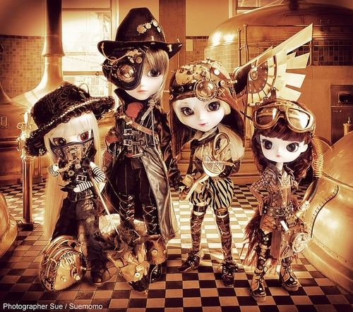 heavenlylabyrinth:    Steampunk Pullip dolls =D
