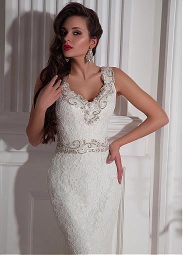 Elegant Lace V-neck Neckline Mermaid Wedding Dresses with Beadings & Rhinestones