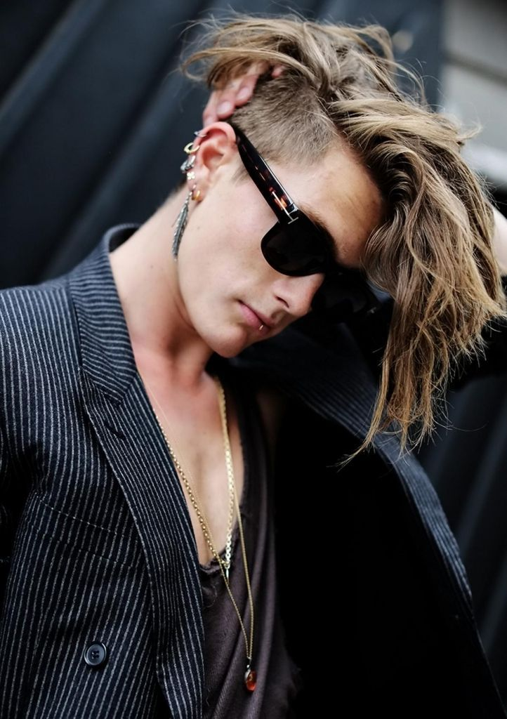 Image Result For Curly Hair Undercut Alt Right Woman Cool Mens