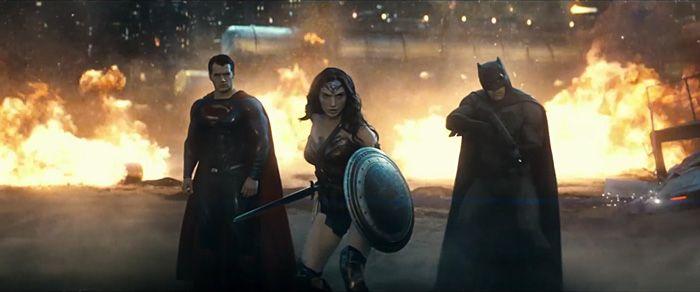 Batman v Superman: Dawn of Justice Trailer http://geekxgirls.com/article.php?ID=6042