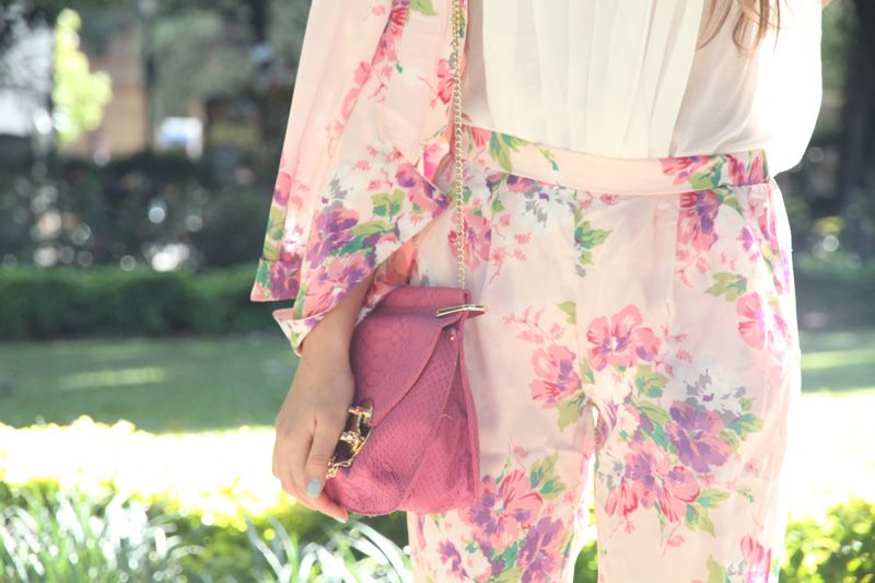 Obsessed with anything floral!