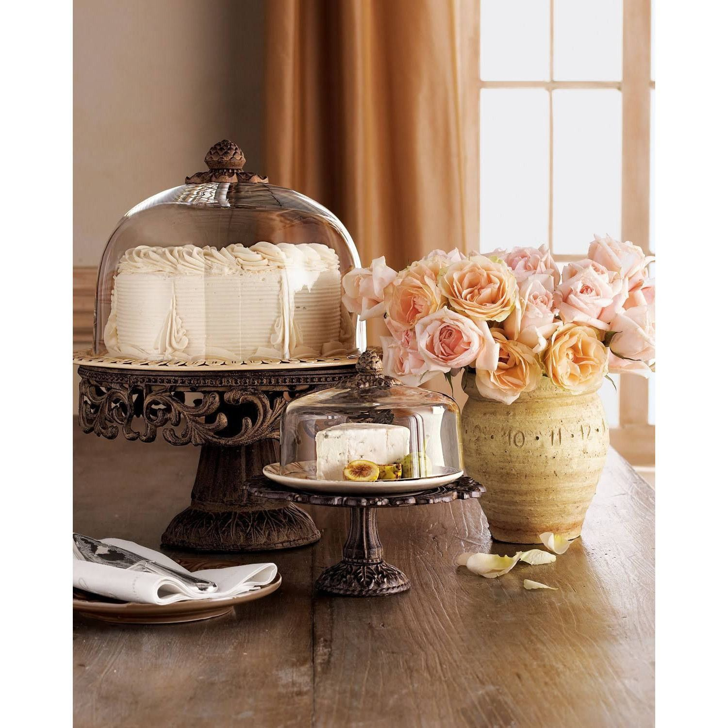 Gg collection acanthus cake pedestal wdome plate