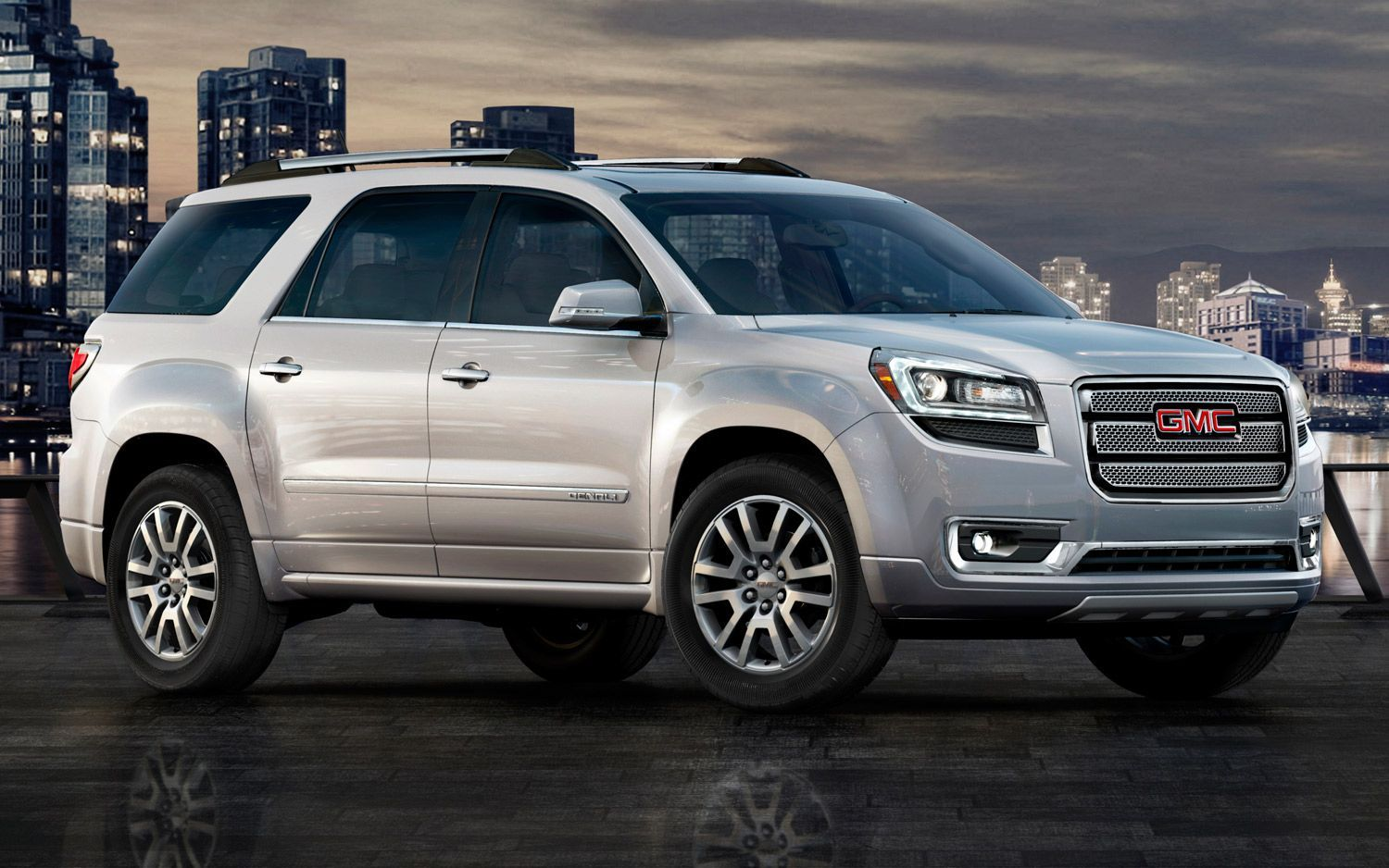 Refreshing Or Revolting 2013 Gmc Acadia Gmc Vehicles Crossover