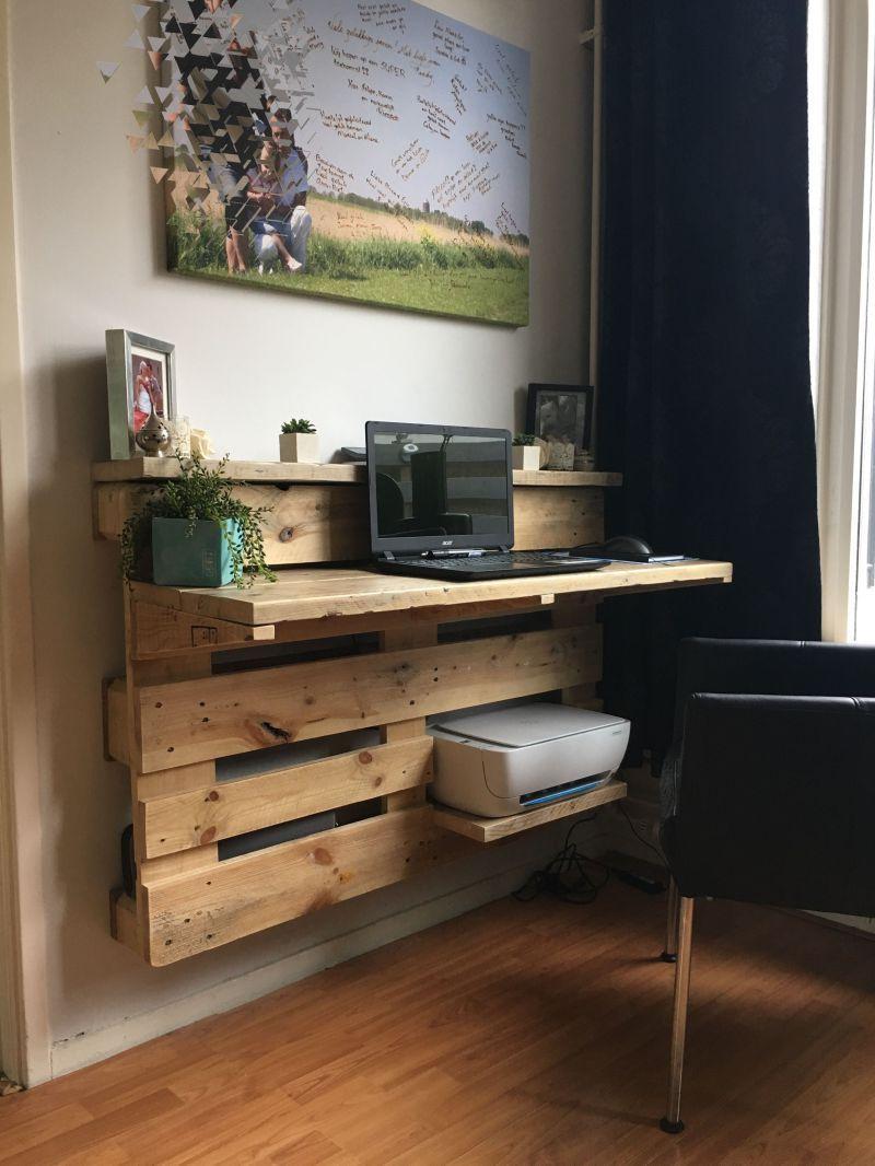 29 Diy Computer Desk Ideas With Wooden Pallet Pallet Home Decor Diy Pallet Furniture Wooden Pallet Shelves
