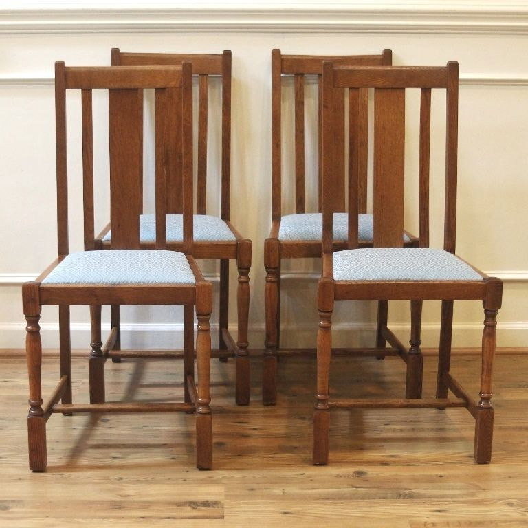 Antique English Oak Pub Table And 4 Chairs Dining Set For: Antique English Oak Straight Slat Back Dining Chairs. Set