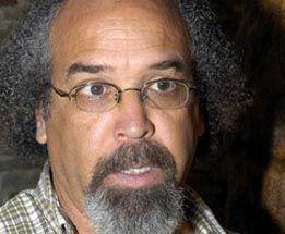 Stanley Roy informa: EN BONAO, RD: El padre Rogelio Cruz sufre accident...