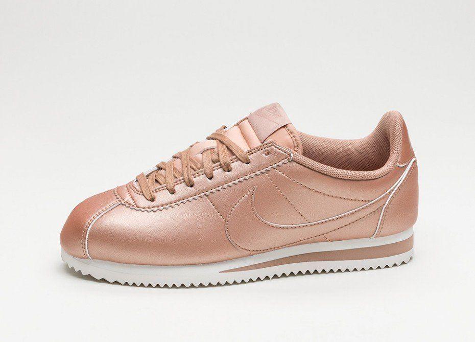 size 40 4fc6b 1d080 Nike Wmns Classic Cortez Leather (Metallic Red Bronze  Metallic Red Bronze)