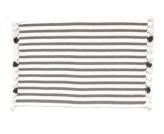 Matching Bath Mat And Hand Towel Hand Made With By Filblanc Hand Towels Hand Towel Sets Bath Mat