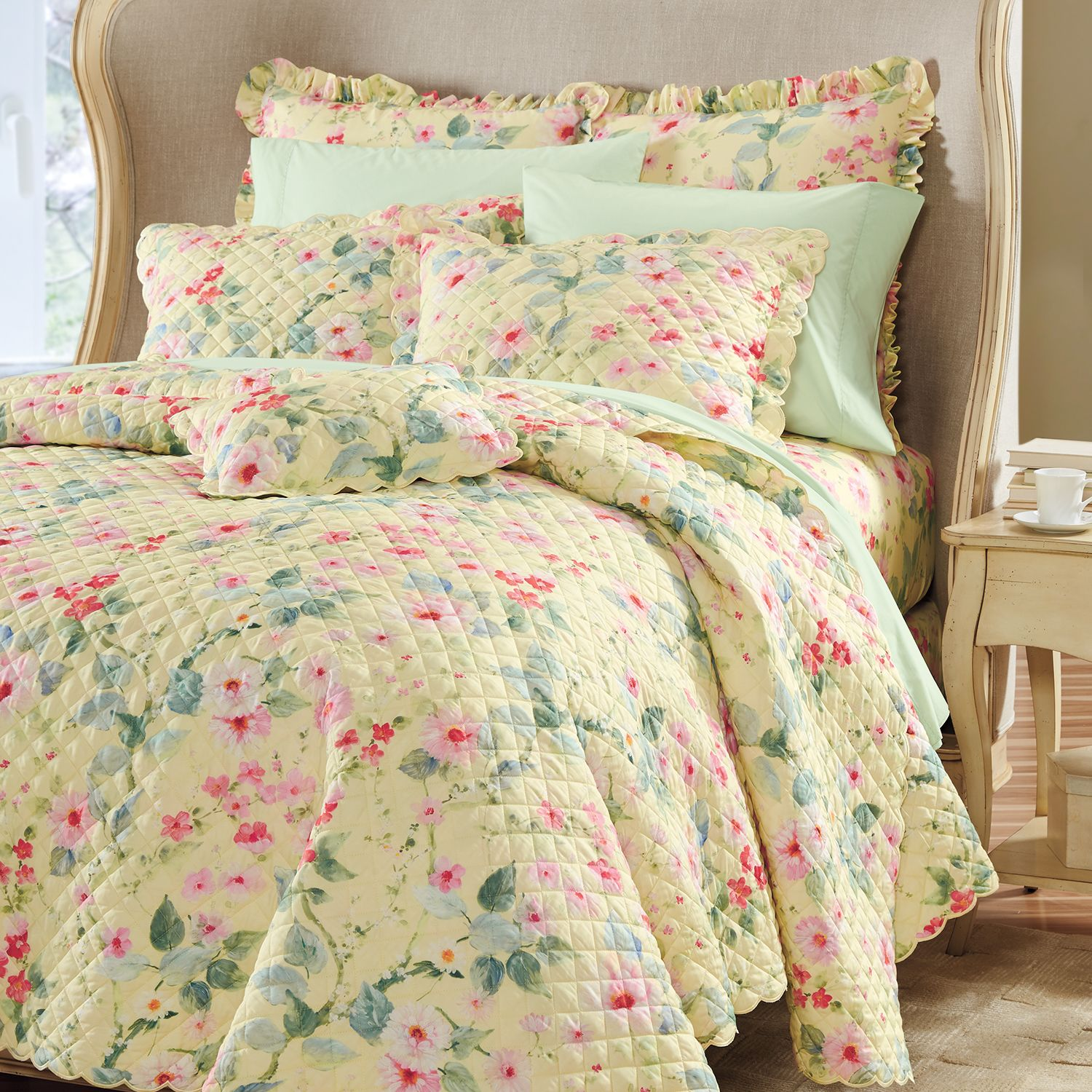 Lisette Floral Quilted Percale Coverlet Cuddledown Exclusive Winter 2018 Coverlet Quilt Floral Luxury Bedding Premium Bedding Yellow Sheets What is a coverlet quilt