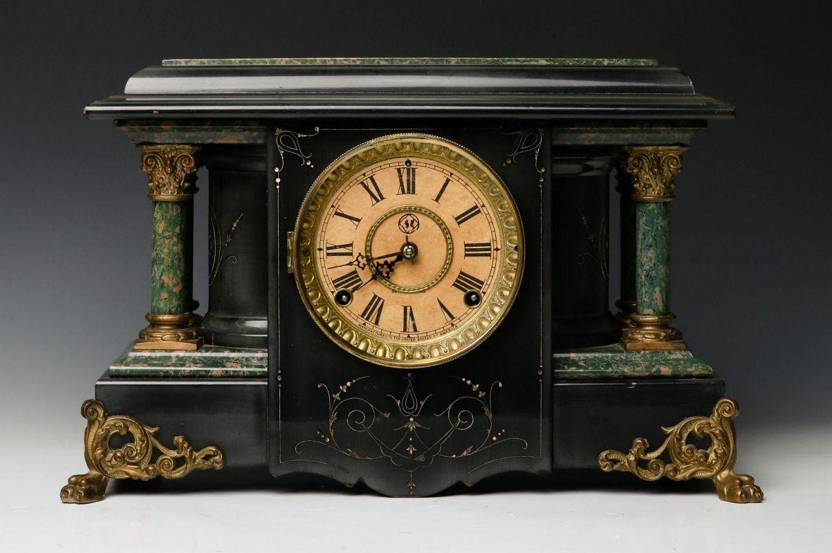 A Seth Thomas Adamantine Highlights Mantle Clock The Ebonised