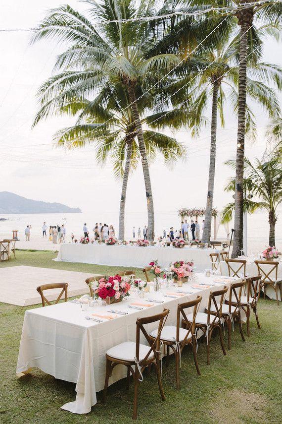 Traumhafte Hochzeitslocation Am Strand Mit Palmen Und Meerblick Hochzeitslocation Strandhochzeit Hochzeit Am Strand