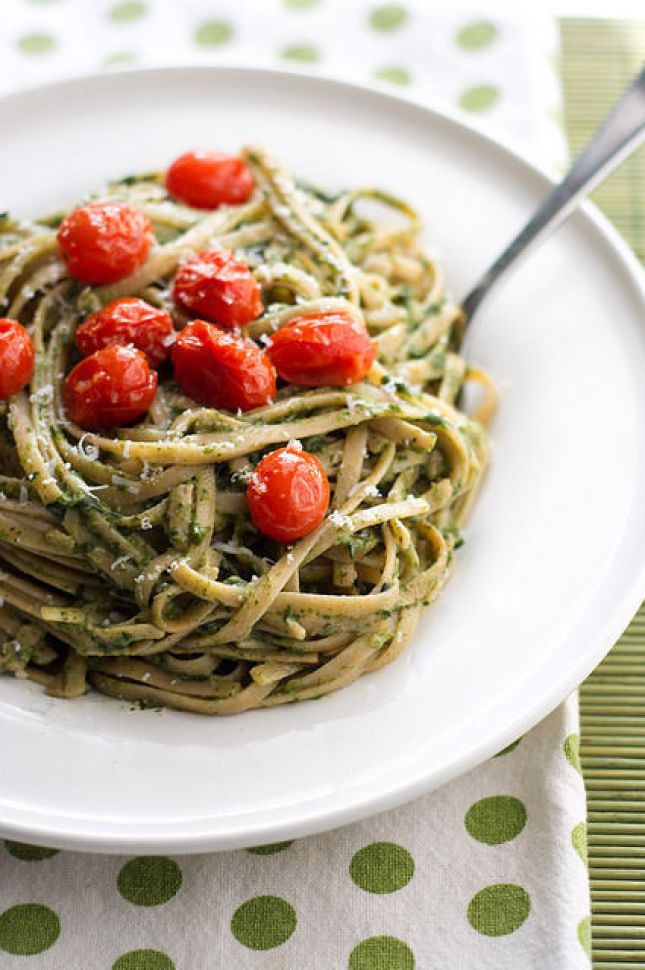 avocado pasta sauce with parmesan, spinach and greek yogurt and sweet baked tomatoes