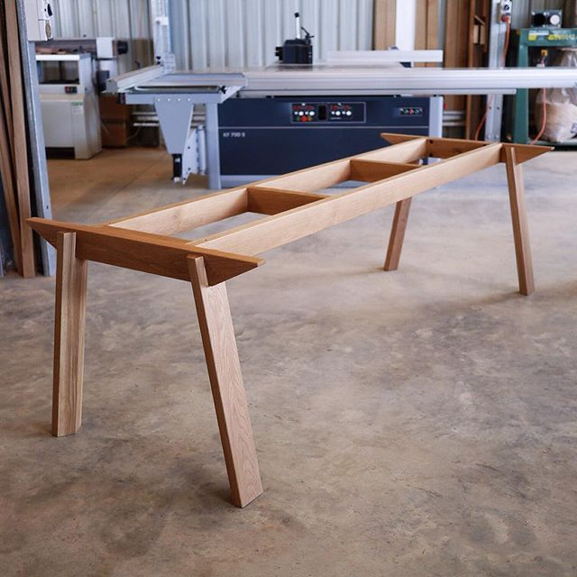 Solid Oak Wonton base for a university in Sydney. The 3.0 x 1.0 top ...