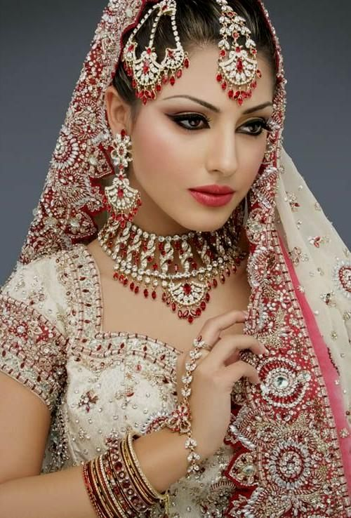 Images of beautiful indian wedding dress
