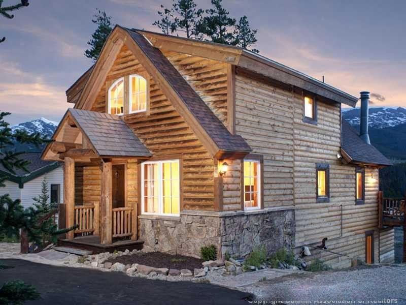 North Breckenridge House Rental: Silver Pines Cottage - Hot