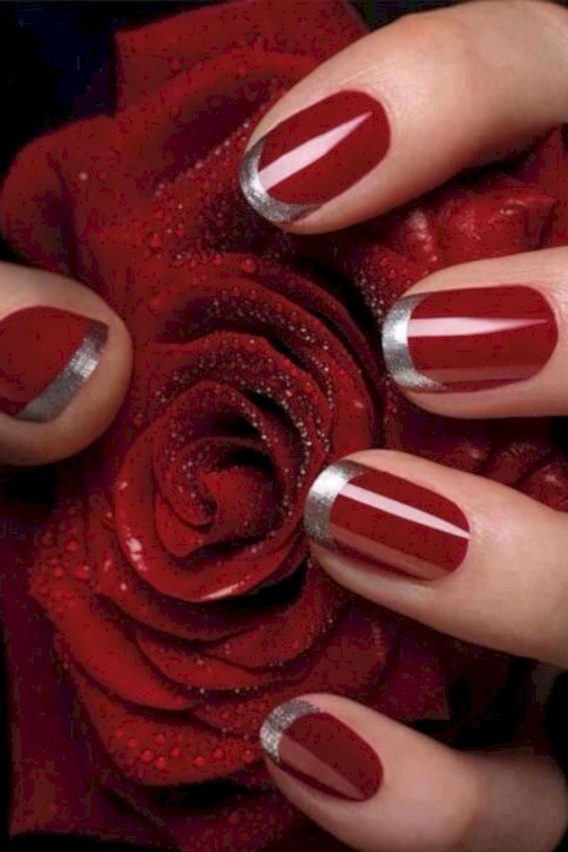 54 Lovely Holiday Nails Designs To Get You in The Spirit