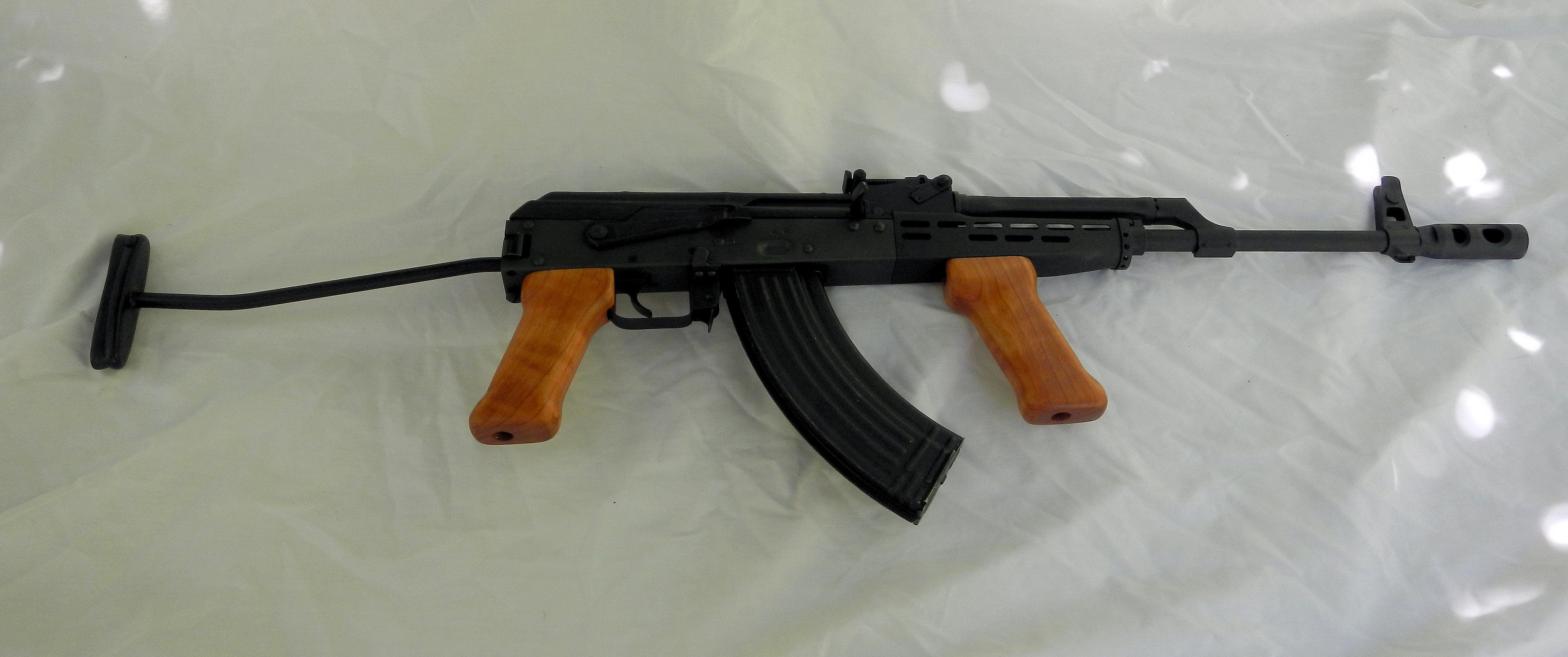 The Hungarian AMD-65 with a FEG receiver is well built and