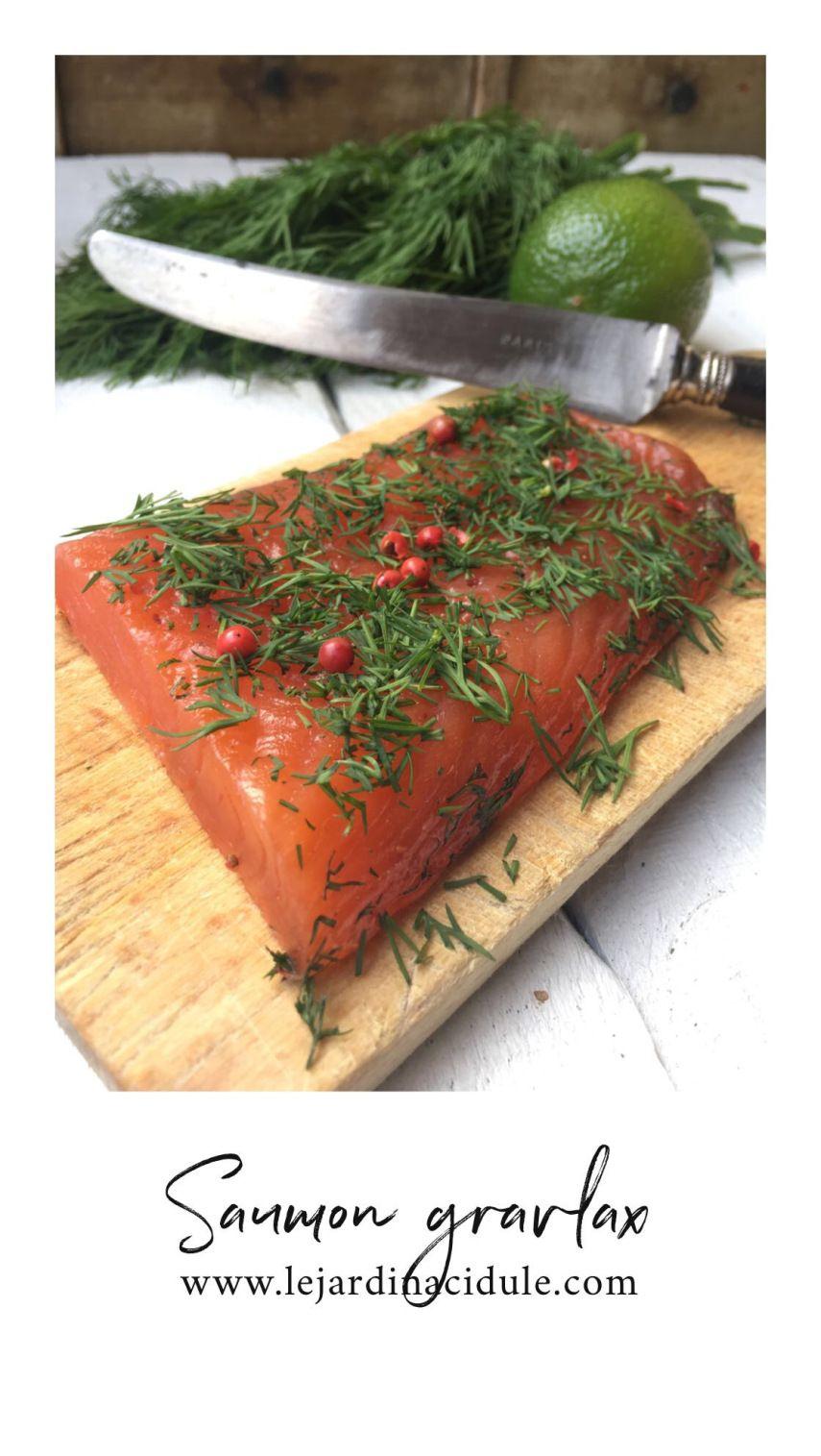 Saumon gravlax - saumon cru mariné à la suédoise. - LE JARDIN ACIDULÉ