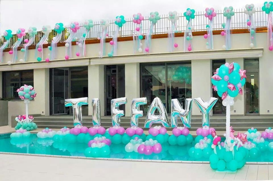 Name in pool floats balloon decor fiestas en la for Party in piscina