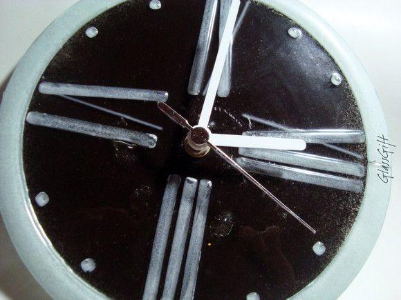 relógio de vidro - parede preto/branco ponteiros brancos parede  28 cm diam R$59,00