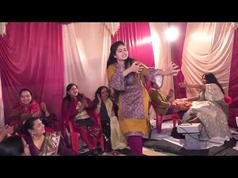 Bahu Kale Ki Gajender Phogat Anu Kadyan Ajay Hooda Mor Music Dance Cover By Saumya Sharma Youtube In 2020 Songs Hello Friend Music