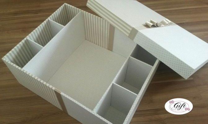 Caixa grande listrada branco e bege