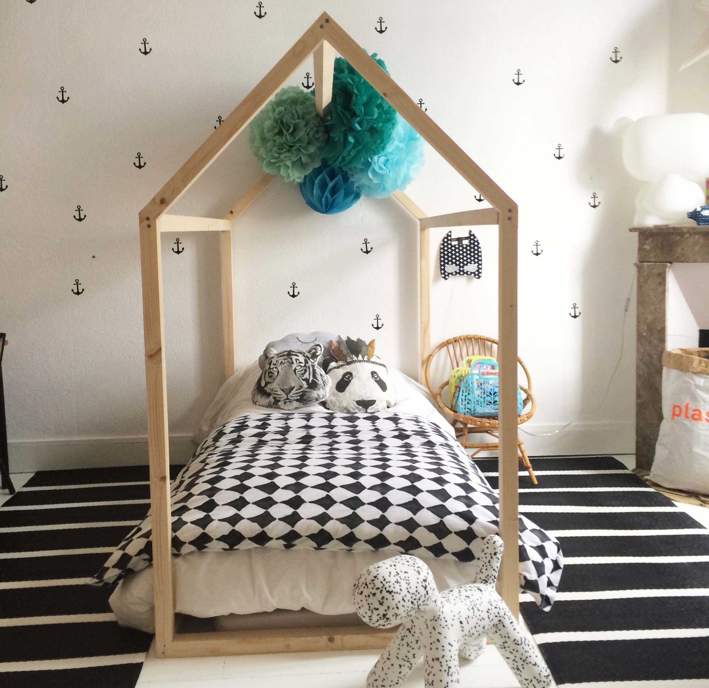 lit cabane bebe Pinterest