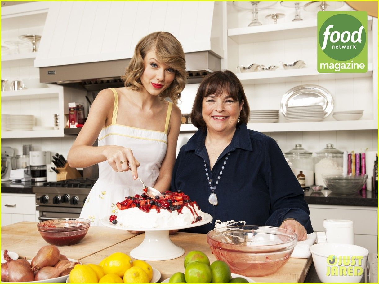 Taylor Swift Shows Impressive Cooking Skills Food Network Magazine Bakes
