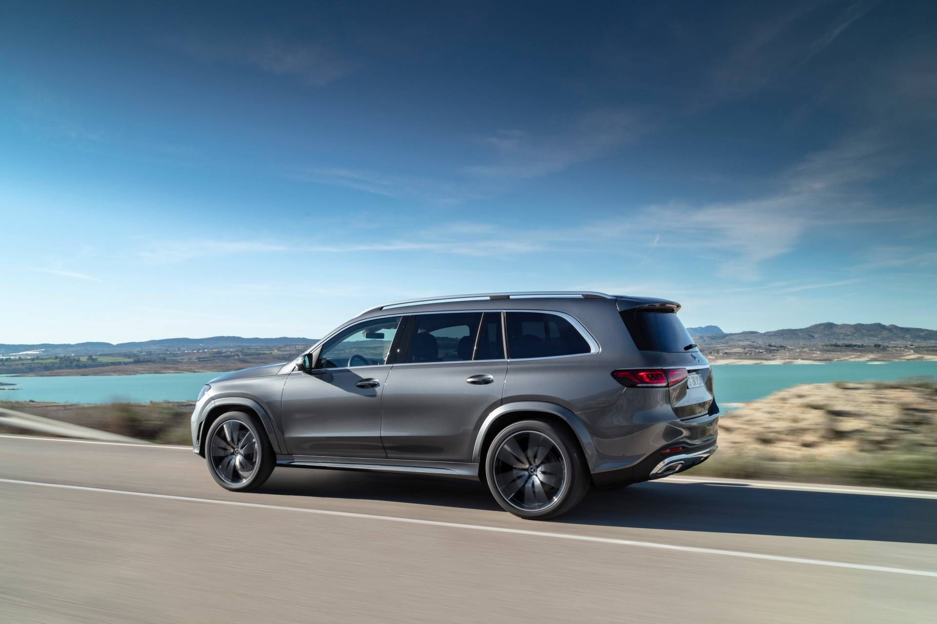2020 Mercedes Gls Launches In Europe With Two Diesel Options Starts At 85 923 Carscoops Mercedes Benz Mercedes Mercedes Benz Amg