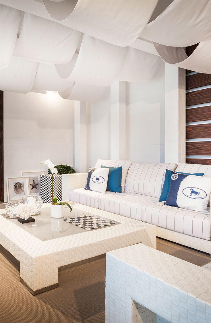 Fendi Casa Outdoor Set Up In Luxury Living Miami Showroom With  # Muebles Fendi Casa