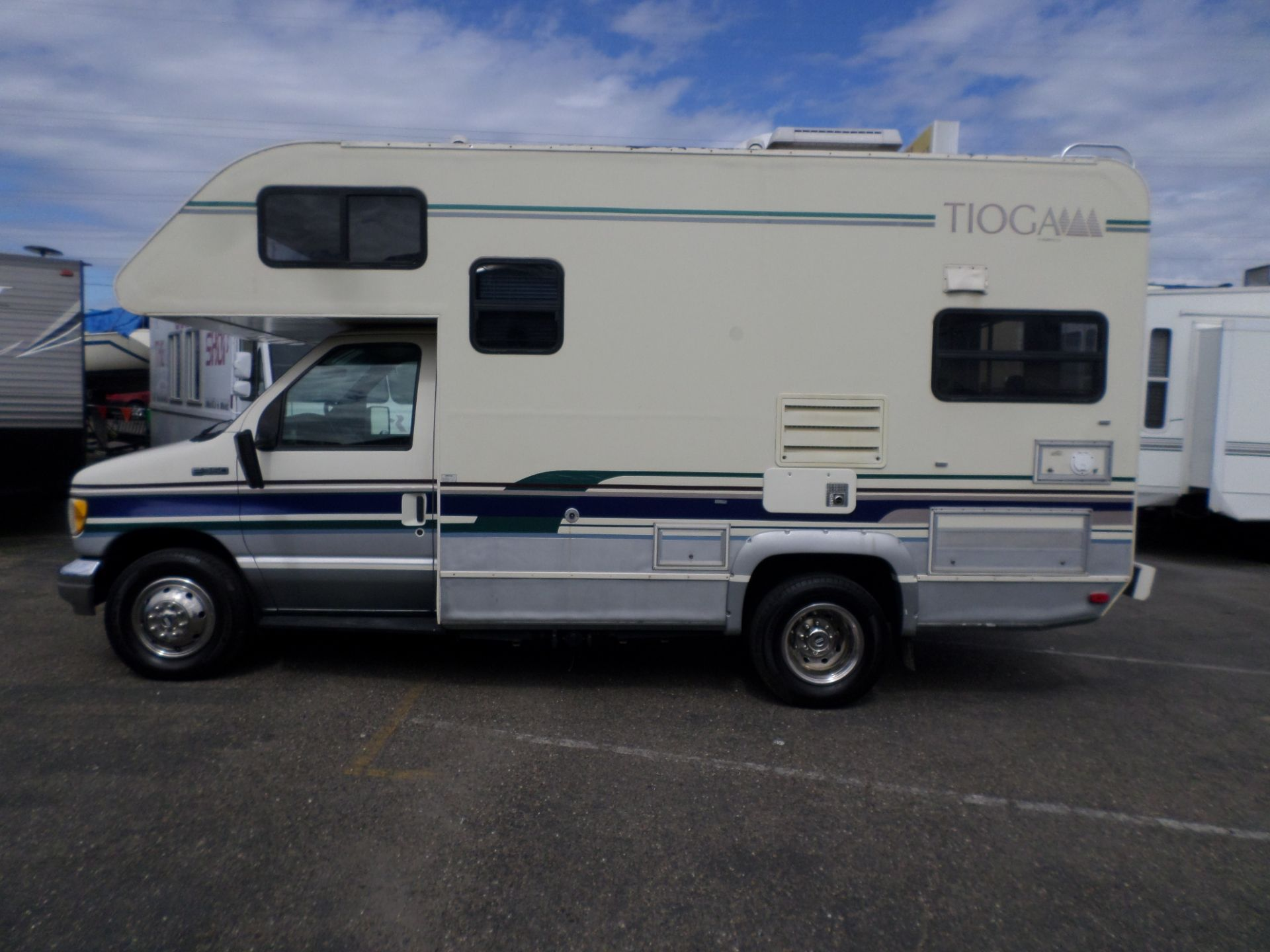 Rv For Sale 1995 Fleetwood Tioga Mini Motorhome 19 In Lodi Stockton Ca Rv Motorhomes For Sale Mini Motorhome Used Rv For Sale