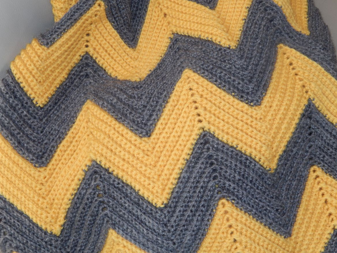 Colorful Free Chevron Crochet Pattern Composition - Easy Scarf ...