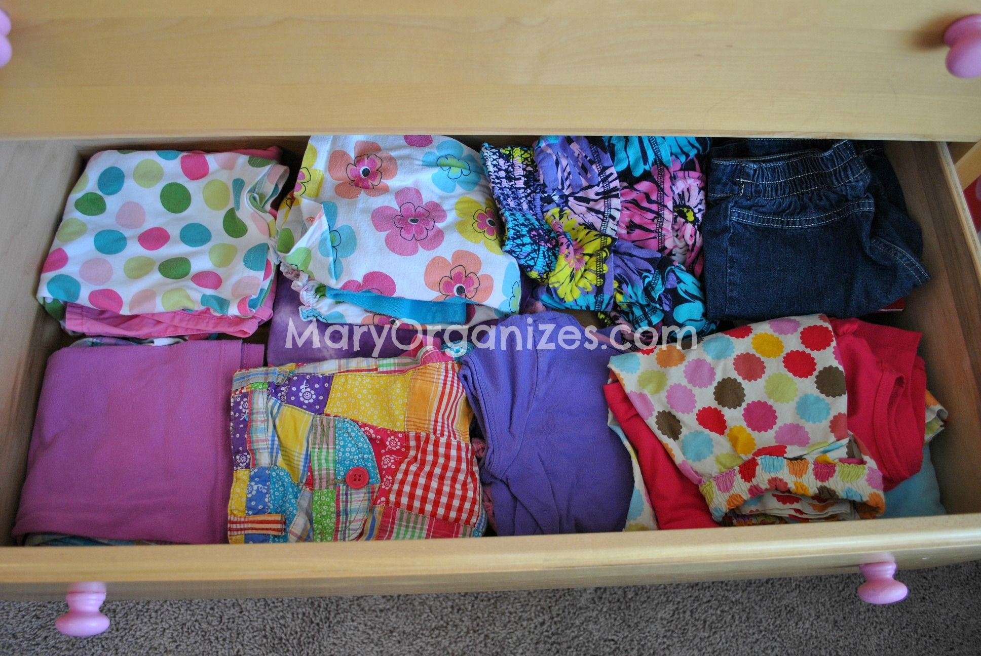 Kids clothing/laundry - Setting limits and keeping things organized