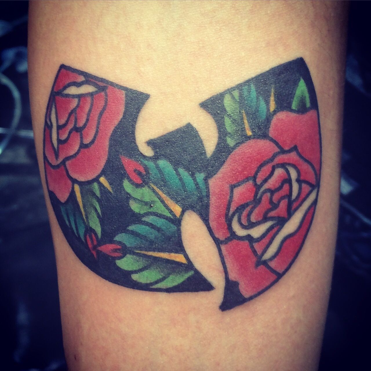 Wu tang roses done by jason houseman chicago il tattoosoh wu tang roses done by jason houseman chicago il pooptronica