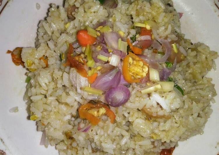 Resep Nasi Goreng Sambal Matah Oleh Andrianine Resep Nasi Goreng Makanan Saus Tiram